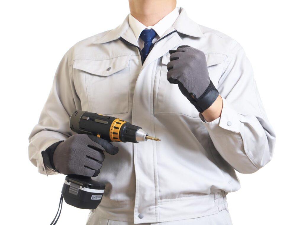 私たちの生活に必要不可欠な電気工事を行う電気工事士